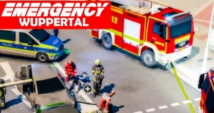 EMERGENCY Wuppertal #3: Verkehrsunfall im Multiplayer! | Rettungs-Simulation Gameplay
